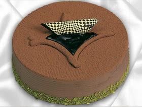 4 ile 6 kisilik yas pasta çikolata yaspasta
